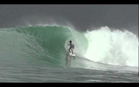 第33話 【Surf Tripに行きたくなる動画】 Niasのバリエーションに富んだ波のサイズ!
